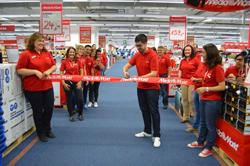 media markt abre simultneamente cuatro tiendas en madrid canarias y valencia