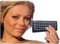 sandberg presenta el pocket bluetooth keyboard