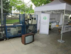 la comunidad universitaria de zaragoza recicla ms de media tonelada de residuos de raee