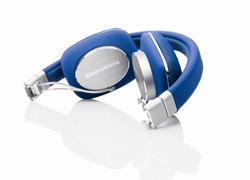 bowers  wilkins lanza al mercado la versin en color azul de sus auriculares p3