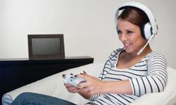 plantronics presenta su gama de auriculares gamecom para xbox 360 y playstation 3
