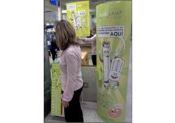 ambilamp e hipercor unidos a favor del reciclaje de bombillas de bajo consumo y fluorescentes