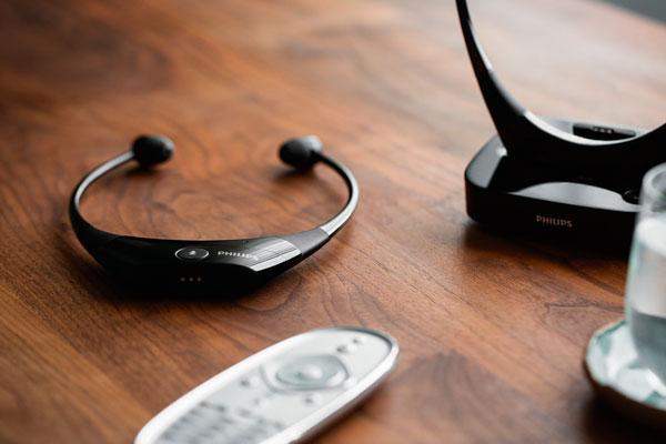 auriculares philips audioboost una solucioacuten de sonido de alta calidad para los mayores