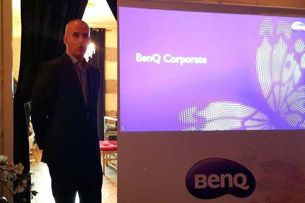 benq llevan el cine en casa a un nuevo nivel con sus nuevos proyectores