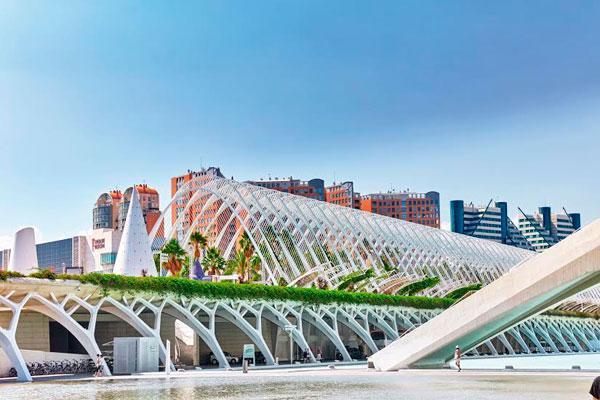 la comunidad valenciana creceraacute un 27 en 2015