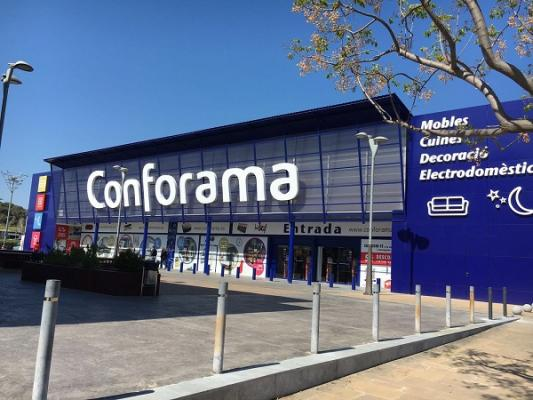 Conforama inaugura su cuarta tienda en catalunya for Conforama barcelona