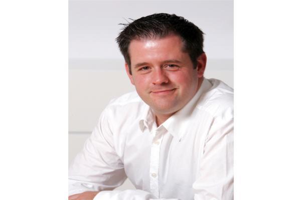 david garciacutea pawley nombrado consumer goods head de gfk en espantildea