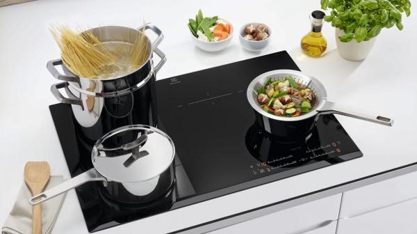 electrolux lanza la nueva gama de menaje infinite chef collection