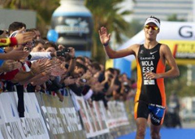 garmin barcelona triathlon todo listo para llenar la ciudad condal de triatletas