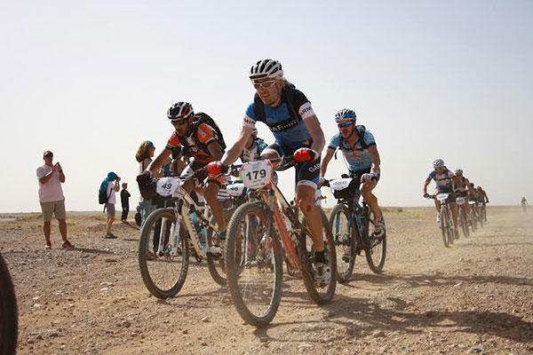 garmin felicita a todos los participantes de la titan desert by garmin