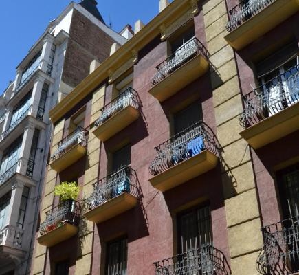 el sector inmobiliario mira de reojo el crecimiento de la poblacioacuten