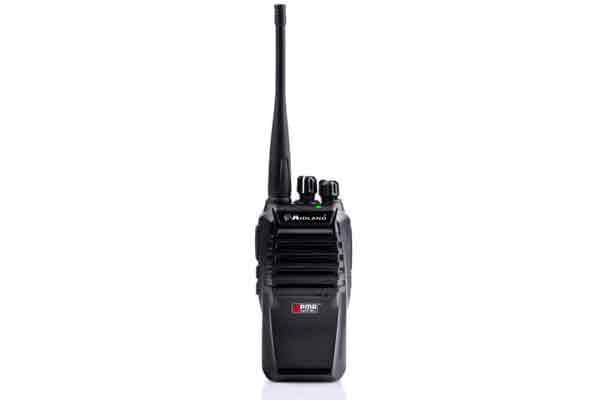 midland presenta el modelo d200 su primera radio digital