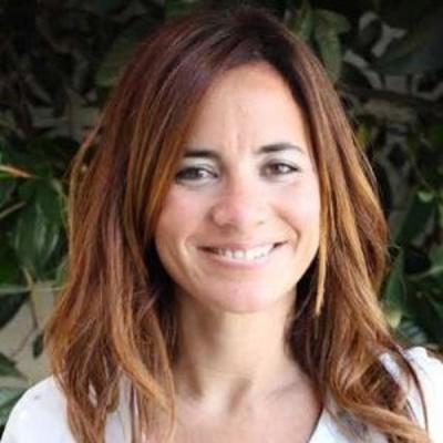 moacutenica burton nombrada directora de ventas retail tiendas propias de phone house