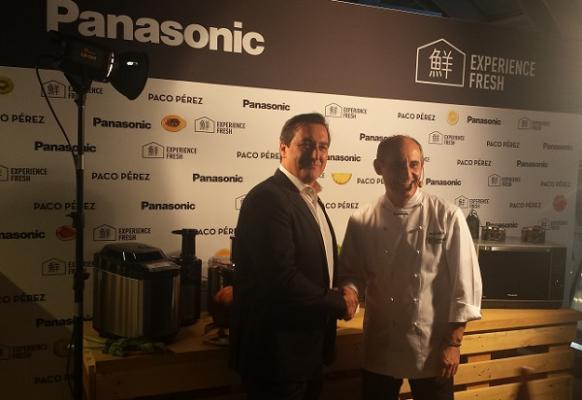 panasonic presenta su liacutenea de pequentildeos electrodomeacutesticos de cocina junto al chef paco peacuterez