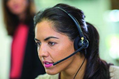 plantronics muestra en el saln expo relacin cliente sus soluciones de alto rendimiento para call centers