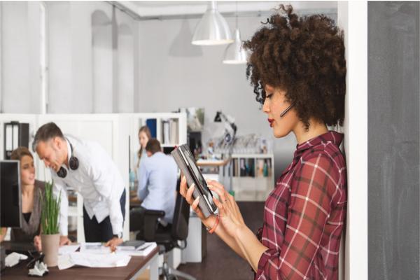 el ruido en la oficina afecta a la productividad de los trabajadores