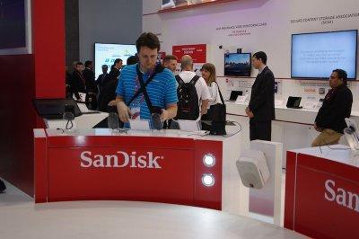 sandisk introduce tarjetas de alto rendimiento para vdeo