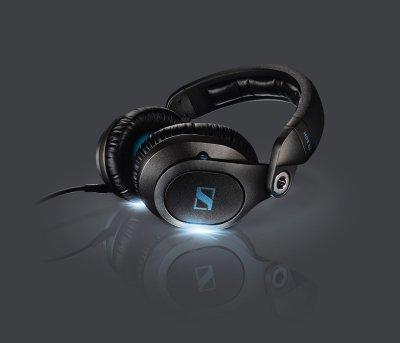 sennheiser muestra en ces su gama de auriculares para djs