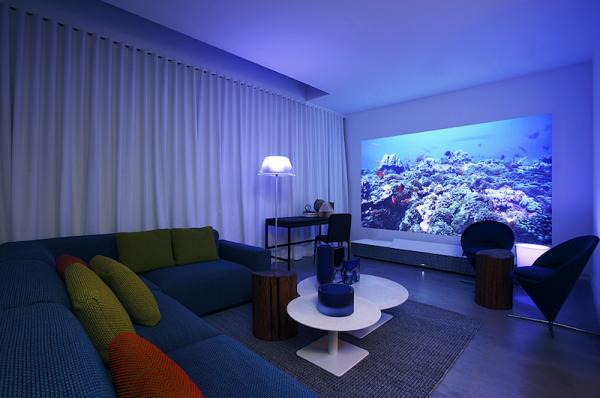 sony lanza en europa su proyector 4k de alcance ultracorto