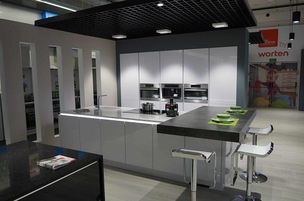 worten incorpora un espacio de cocina de la mano de maacutescocina